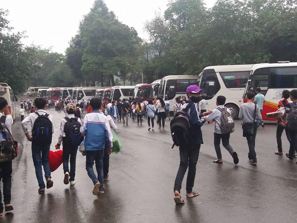 600 bạn nhỏ Trường Trung học Cơ Sở Tam Sơn trải nghiệm và học tập tại Ao Vua và Làng Văn Hóa Dân Tộc 23.4.2017