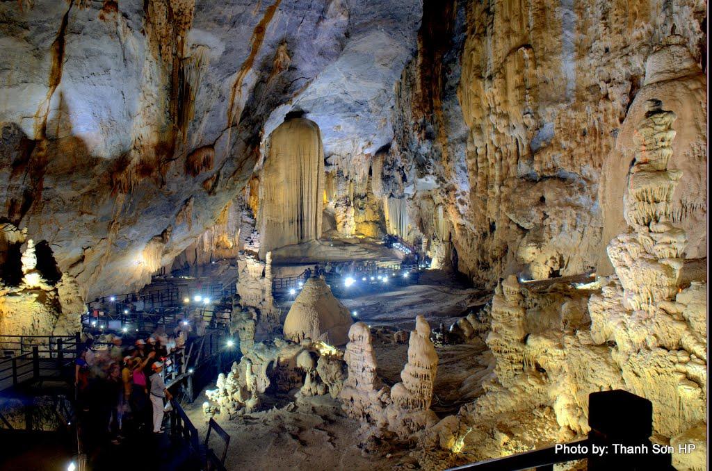 Hà Nội – Đồng Hới – Động Thiên Đường – Sông Chày – Hang Tối - Vũng Chùa -  Nhật Lệ - Hà Nội (03 ngày/ 04 đêm